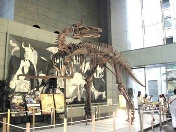 002チンタオサウルス.JPG